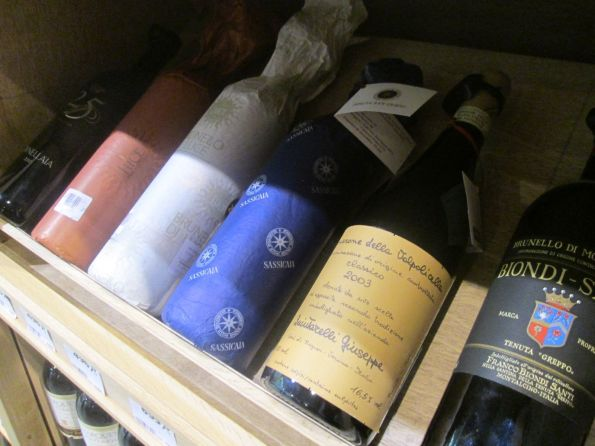 real wine boutique (2)